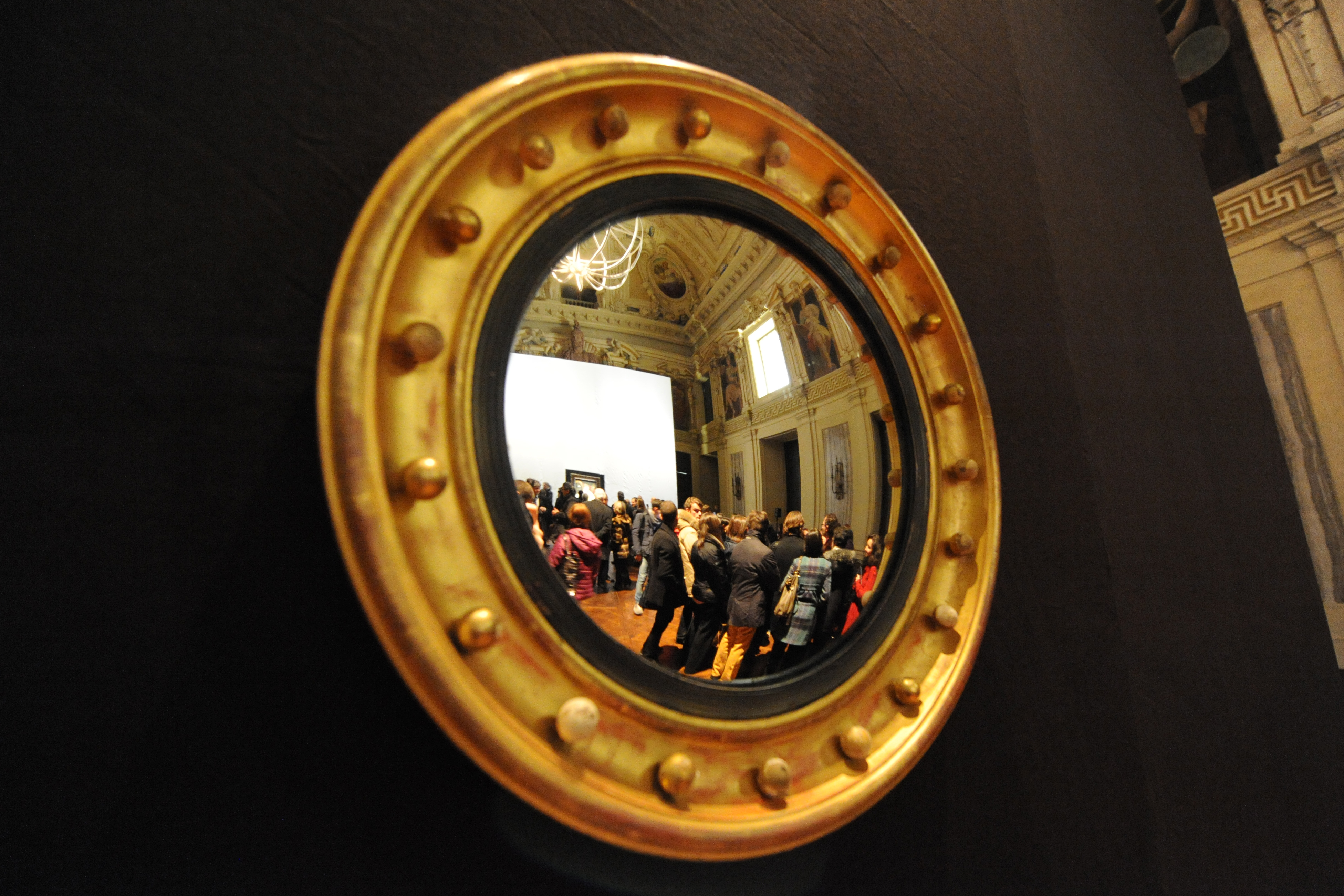 """Tiziano a Milano, """"La donna allo specchio"""""""